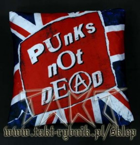 Poduszka PUNKS NOT DEAD flaga